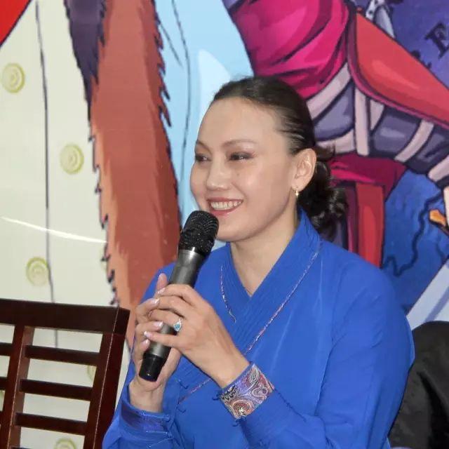 画《成吉思汗》的蒙古国卡通绘本漫画家 第6张