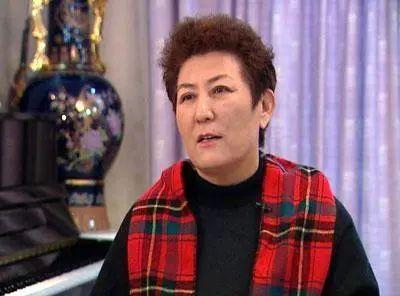 【今日头条】72岁的德德玛近照曝光!两朵金花能歌善舞 成了人生赢家~ 第28张