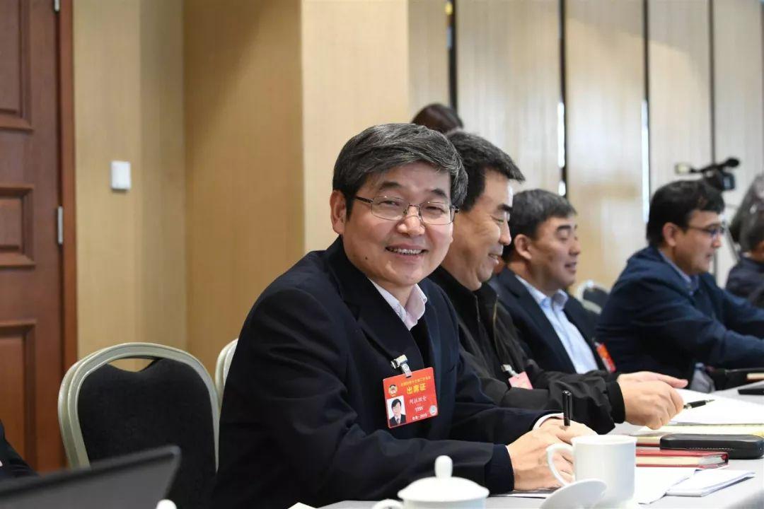 中国最年轻的蒙古族数学家 全国顶级13位数学大师之一 第8张