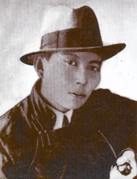 20世纪蒙古国启蒙思想家和大作家,值得收藏 第2张