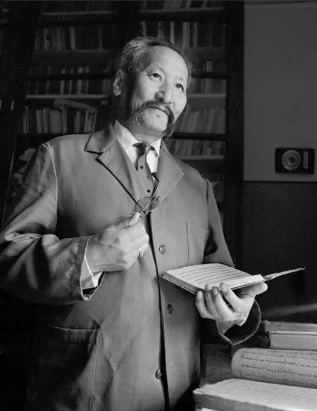 20世纪蒙古国启蒙思想家和大作家,值得收藏 第5张