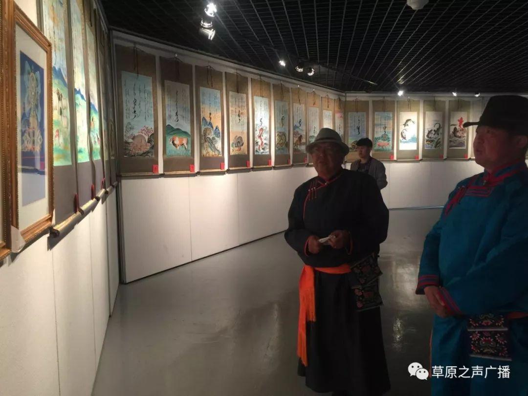 查干森布尔蒙古文书法,绘画展在呼和浩特开展 第6张