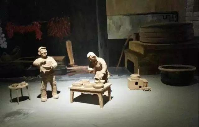 内蒙古民间美术历史悠久,丰富多彩 第10张