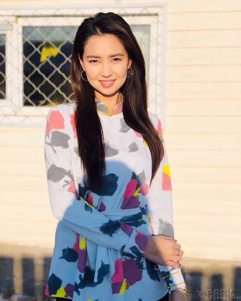 【蒙古佳丽】蒙古美女最新图集 气质非凡 太养眼了! 第7张