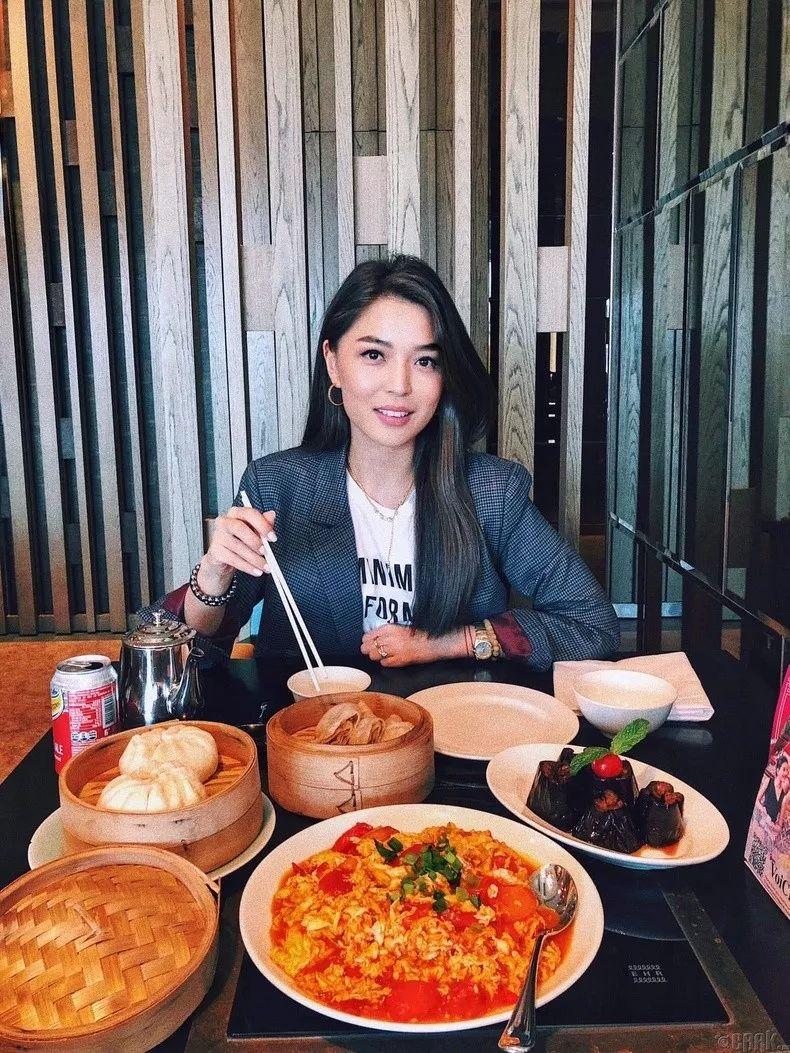 【蒙古佳丽】蒙古美女最新图集 气质非凡 太养眼了! 第19张