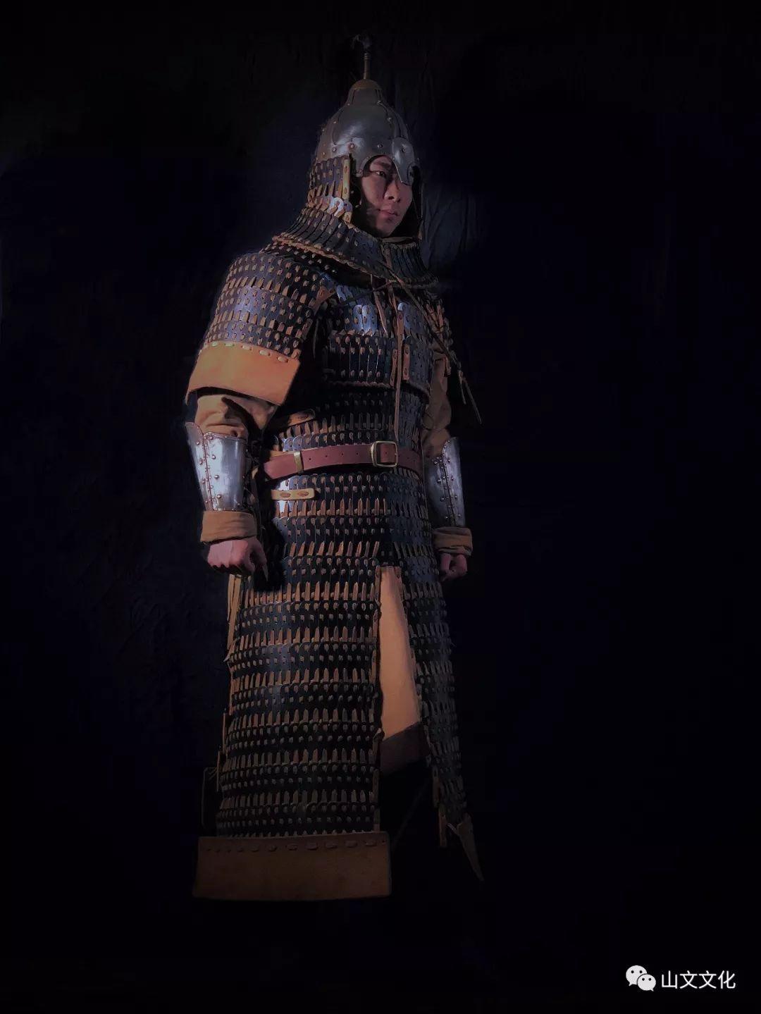 噔,盔甲出炉了 | 蒙古帝国胸背阔板铁札甲 第1张