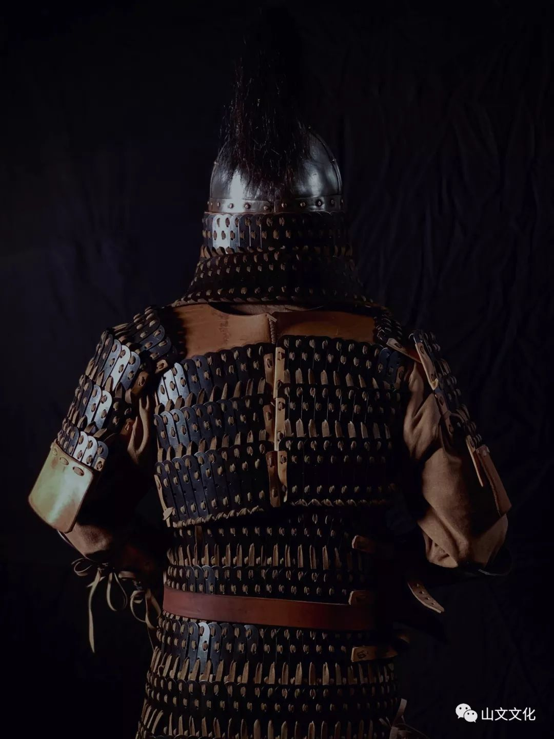 噔,盔甲出炉了 | 蒙古帝国胸背阔板铁札甲 第7张