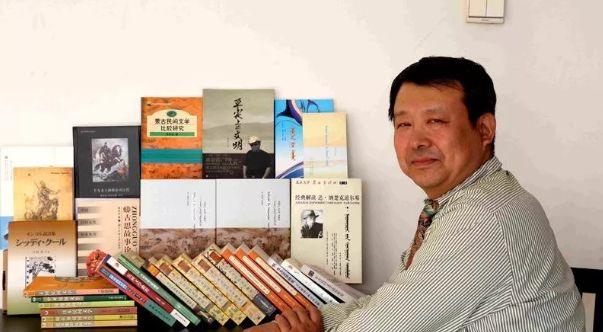 【今日头条】培养11名硕士研究生 8名博士研究生的蒙古族教授 第15张