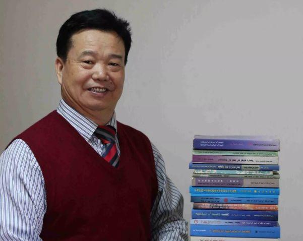 【今日头条】培养11名硕士研究生 8名博士研究生的蒙古族教授 第19张