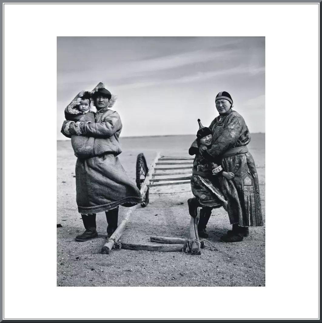 摄影家阿音凭借作品《布里亚特蒙古人》  摘得第九届人像摄影十杰桂冠 第10张