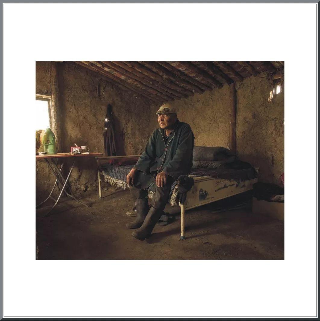 摄影家阿音凭借作品《布里亚特蒙古人》  摘得第九届人像摄影十杰桂冠 第25张