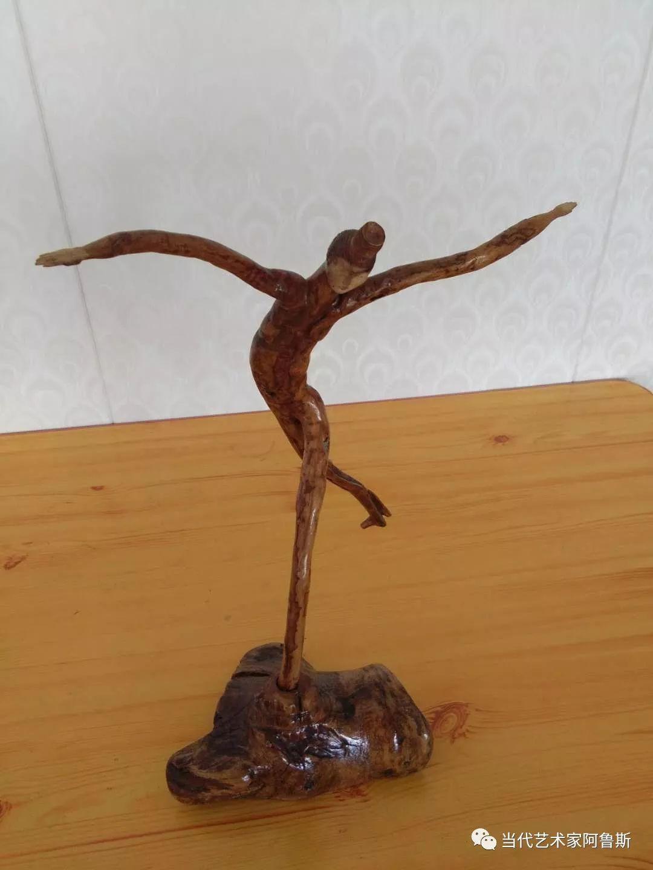 锡林郭勒草原民间艺人阿拉腾敖都的根雕艺术作品欣赏 第4张