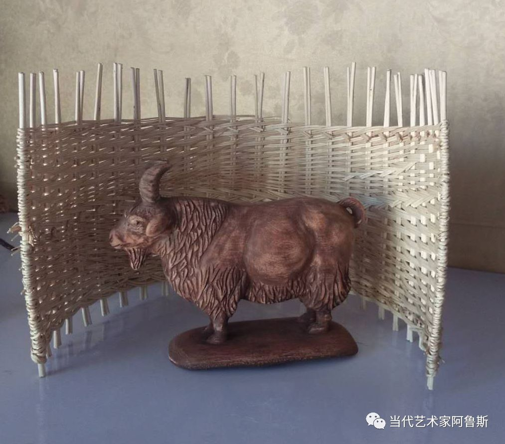 锡林郭勒草原民间艺人阿拉腾敖都的根雕艺术作品欣赏 第7张