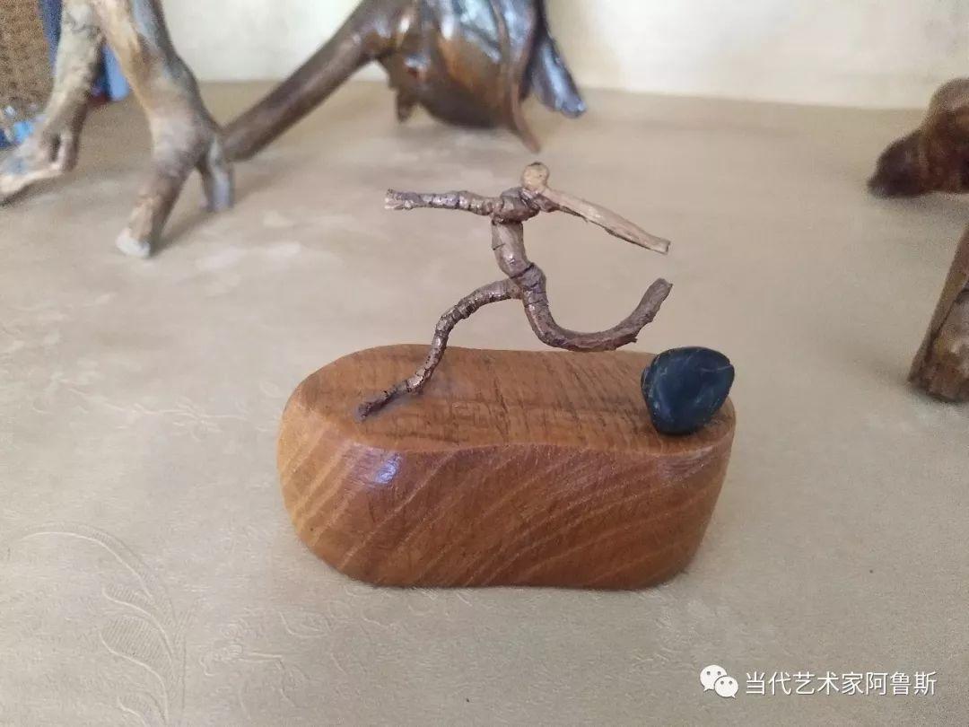锡林郭勒草原民间艺人阿拉腾敖都的根雕艺术作品欣赏 第10张