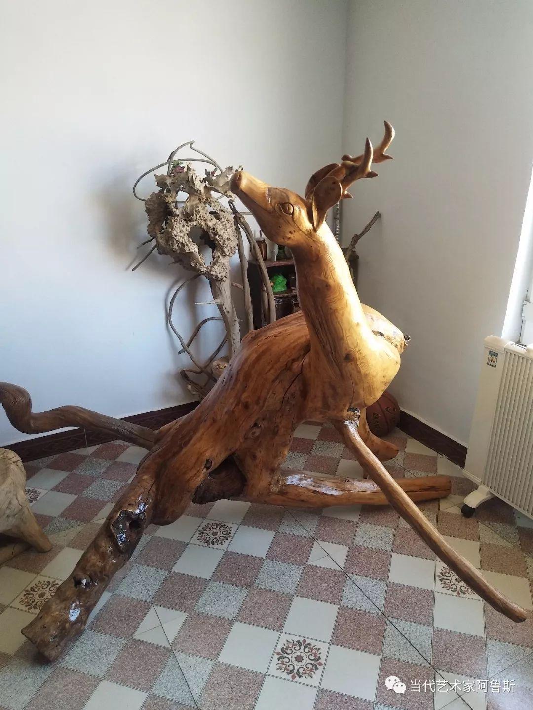 锡林郭勒草原民间艺人阿拉腾敖都的根雕艺术作品欣赏 第11张