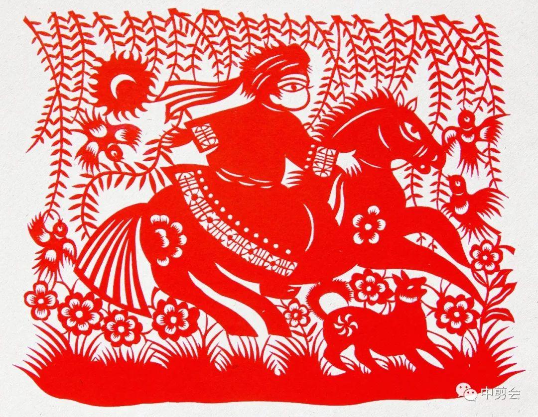 游唱游剪——记荣凤敏与她剪纸艺术中的草原风韵 第13张