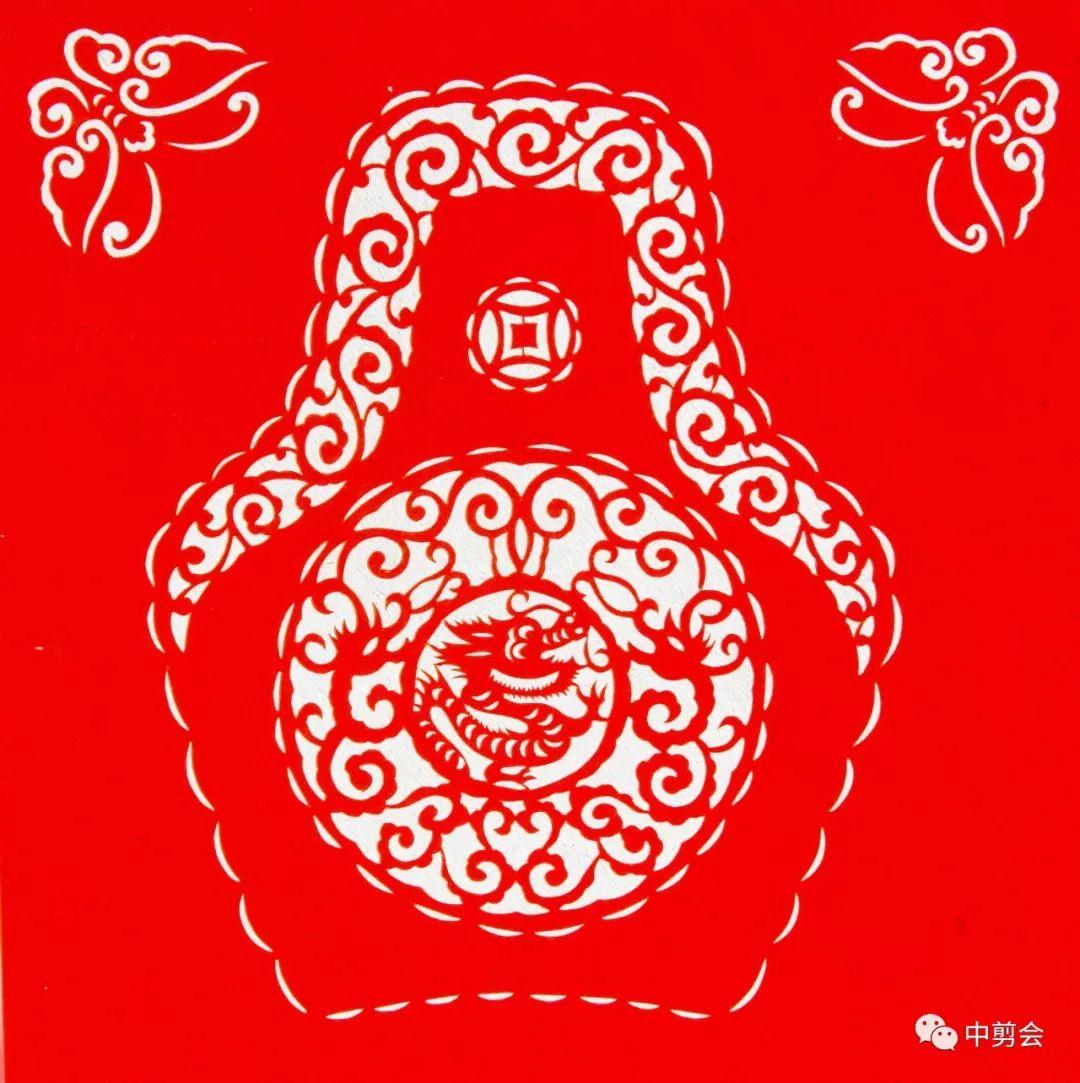 游唱游剪——记荣凤敏与她剪纸艺术中的草原风韵 第30张