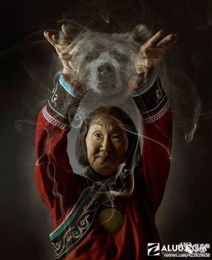 来自草原的巫——蒙古萨满(图片赏析) 第1张