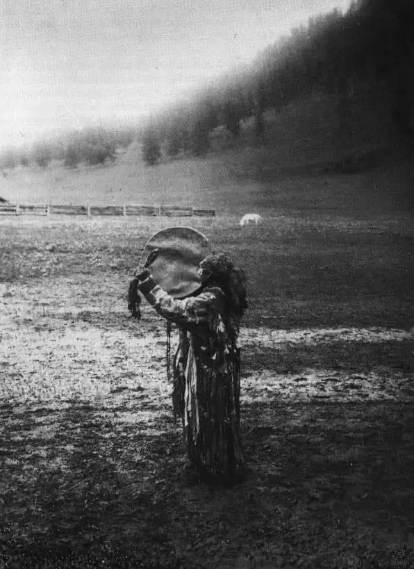 有关蒙古萨满 Boo的珍贵图像,实属罕见 第30张