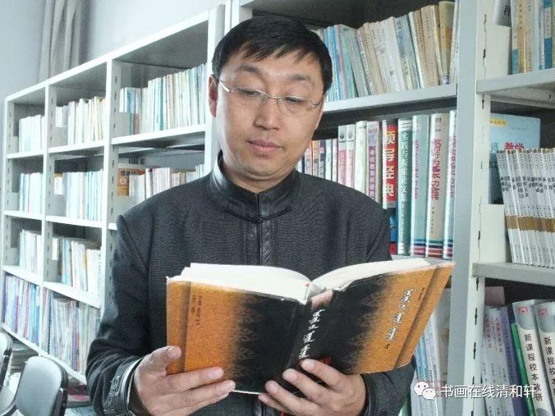 艺执著而韵生 ——记著名蒙古文书法家七斤 第1张