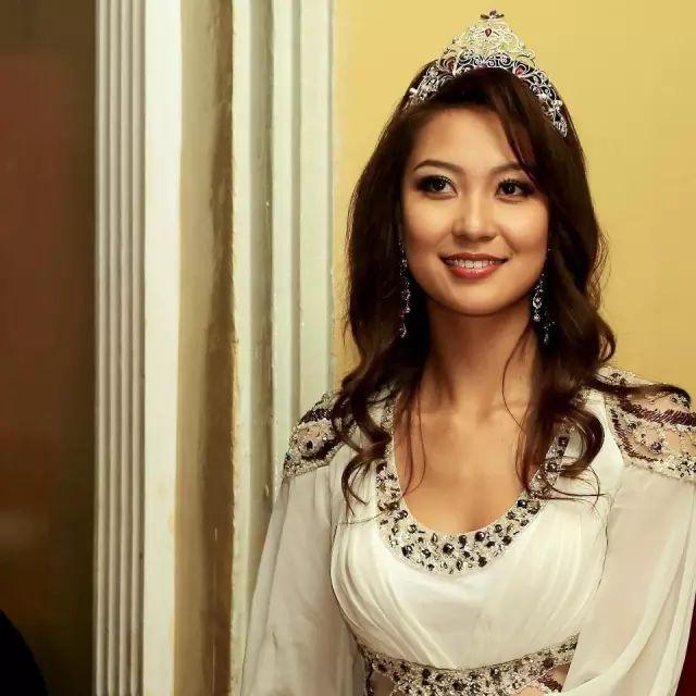 【蒙古佳丽】外媒评选出的蒙古国十大美女 第14张