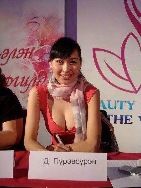【蒙古佳丽】外媒评选出的蒙古国十大美女 第20张