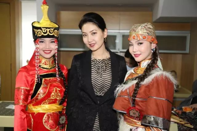 【蒙古佳丽】外媒评选出的蒙古国十大美女 第29张