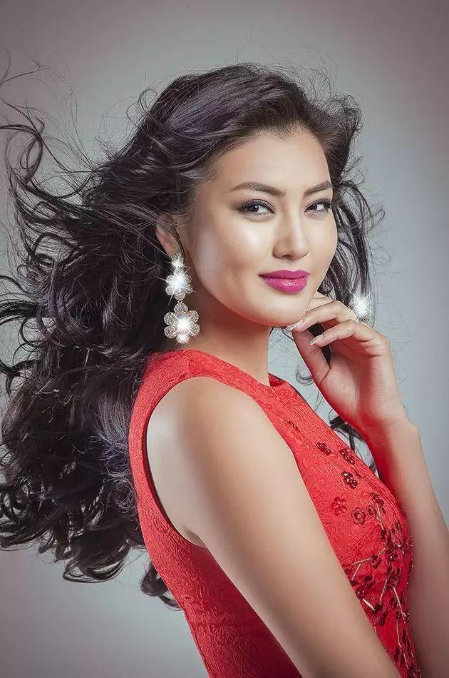 【蒙古佳丽】外媒评选出的蒙古国十大美女 第35张