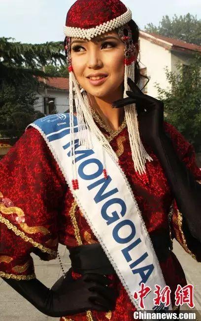 【蒙古佳丽】外媒评选出的蒙古国十大美女 第37张