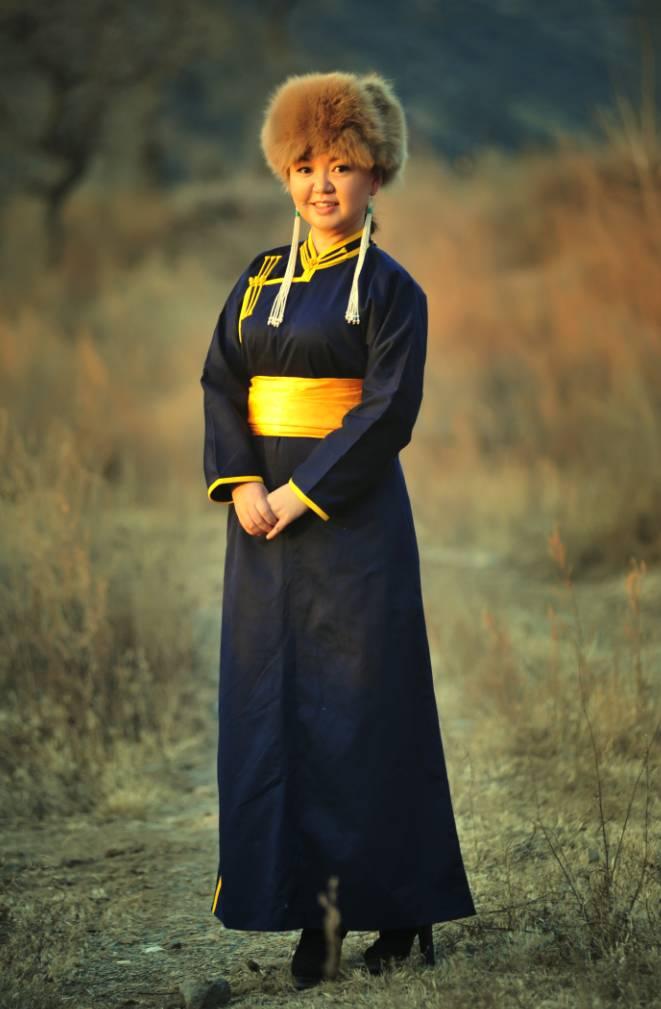 【阿努音乐】朝鲁孟《心中的故乡》2016年蒙古语春晚 第3张