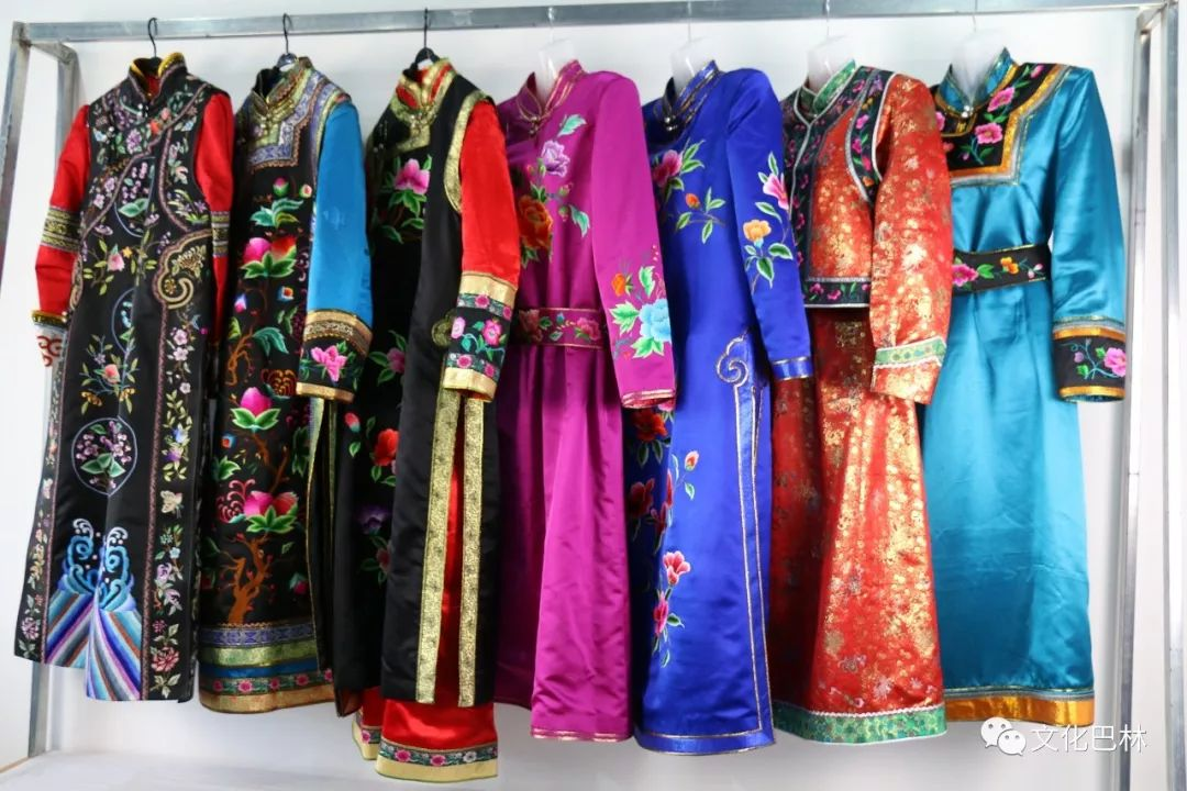 巴林蒙古族刺绣 第6张 巴林蒙古族刺绣 蒙古工艺