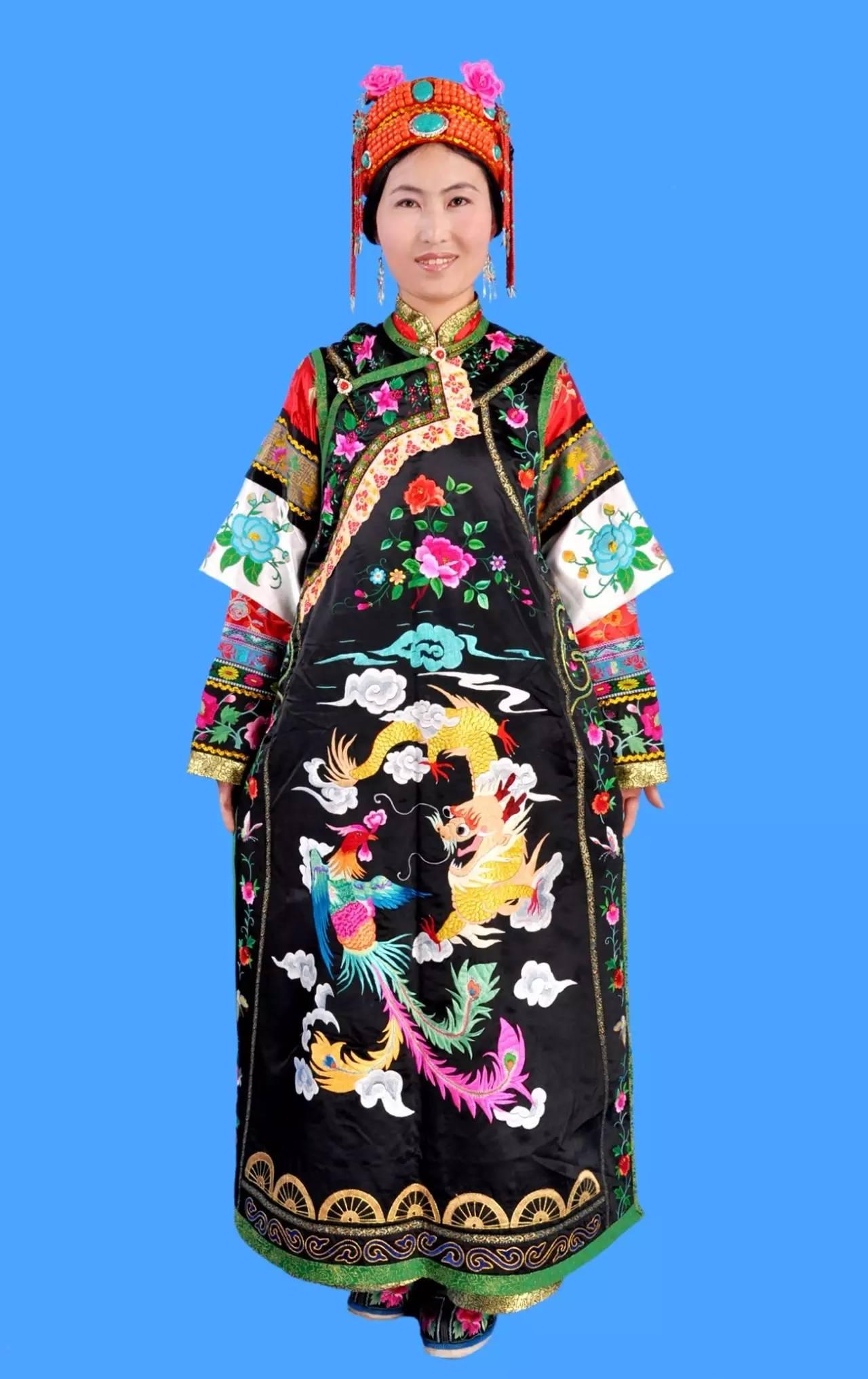 蒙古族刺绣非遗传承人——万花 第8张