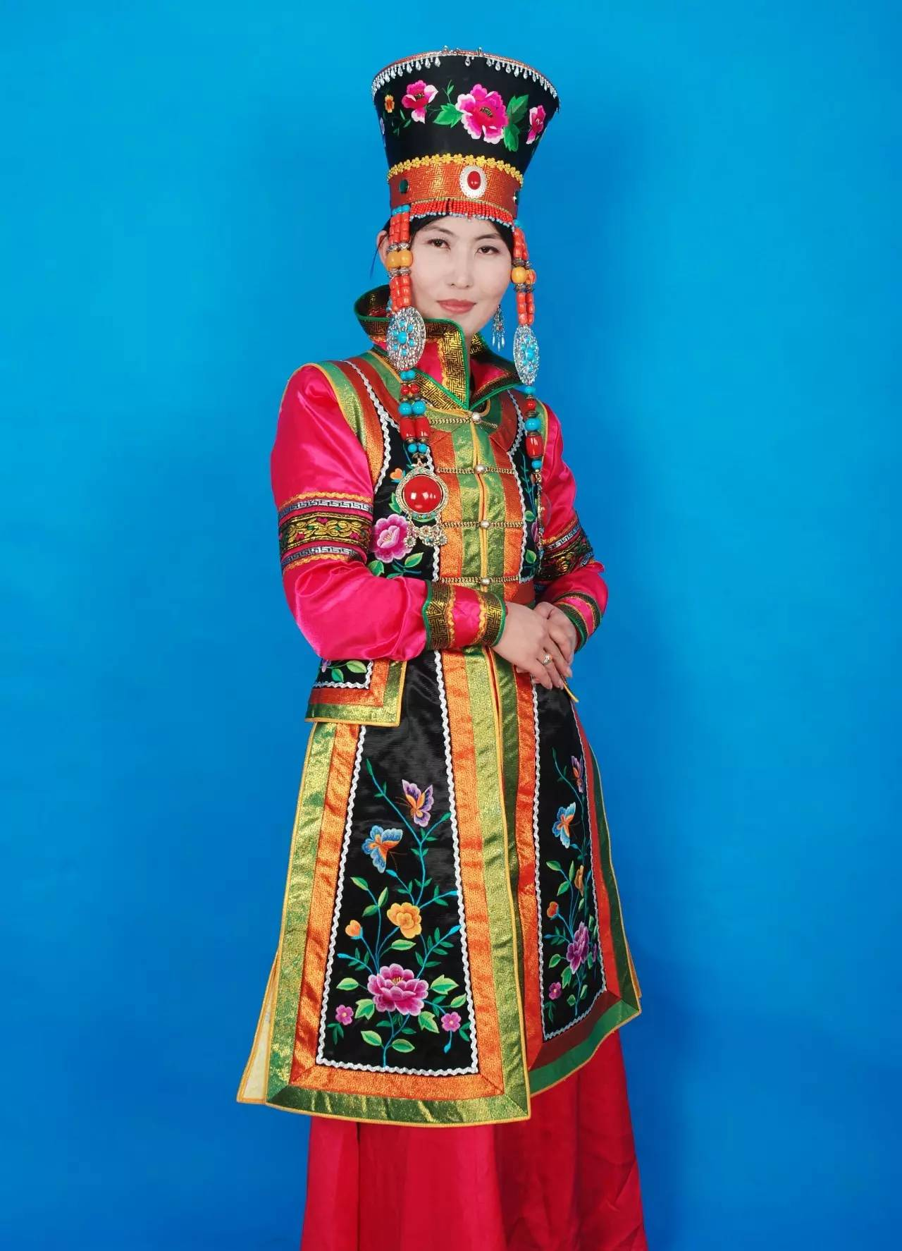 蒙古族刺绣非遗传承人——万花 第15张