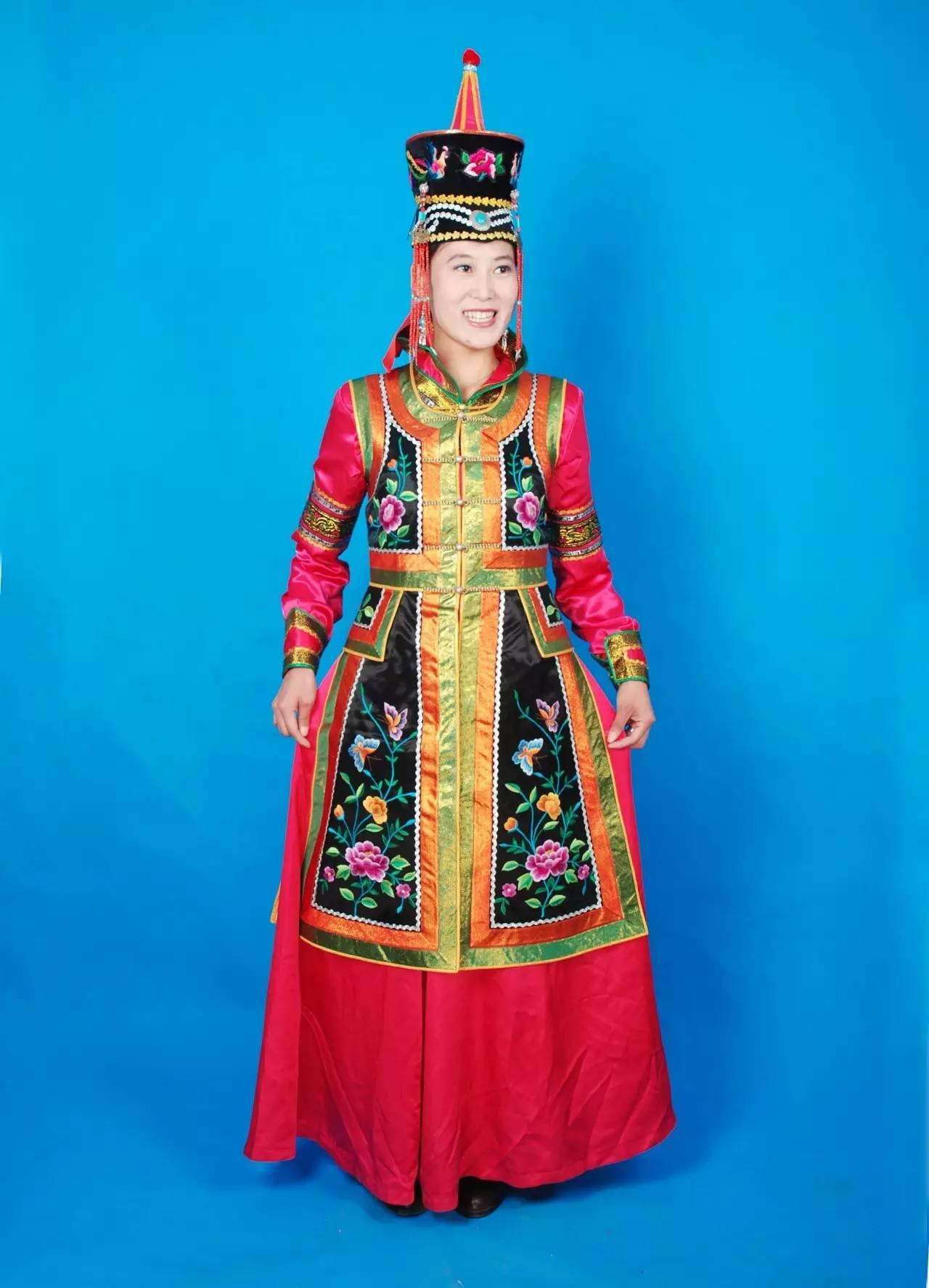 蒙古族刺绣非遗传承人——万花 第14张