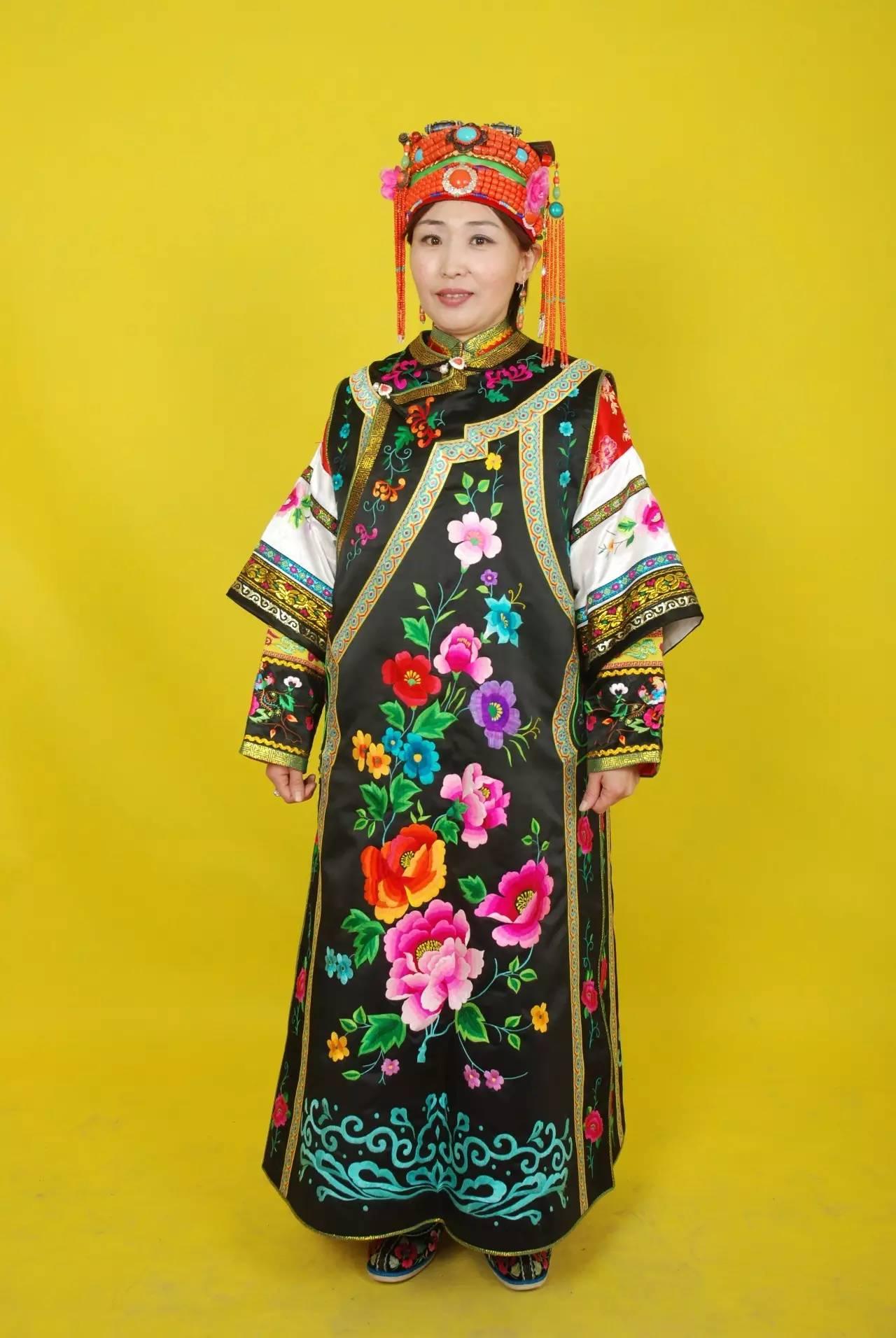 蒙古族刺绣非遗传承人——万花 第35张