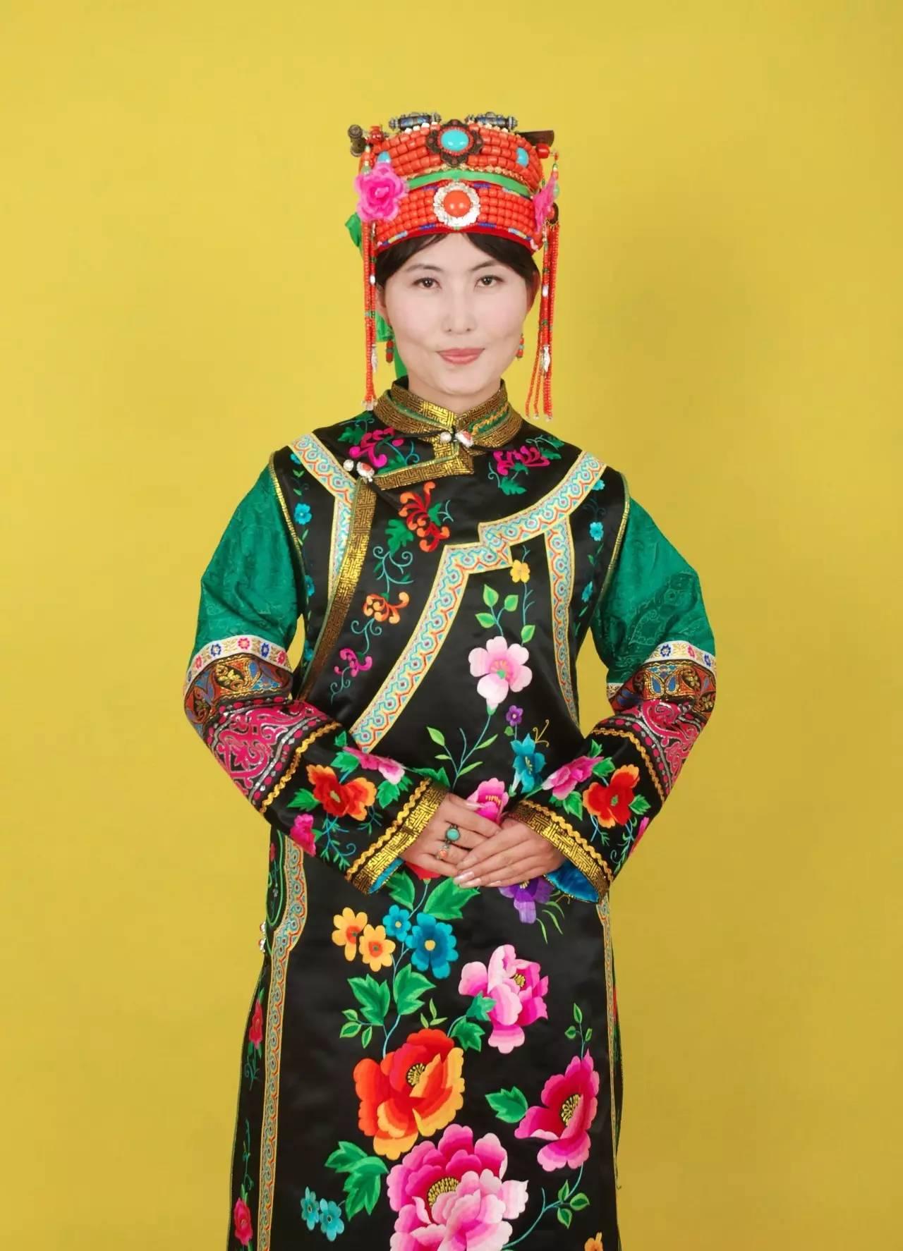 蒙古族刺绣非遗传承人——万花 第39张