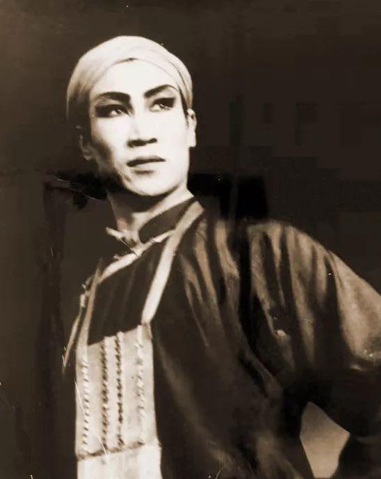 内蒙古舞蹈名家系列之——查干朝鲁 第6张 内蒙古舞蹈名家系列之——查干朝鲁 蒙古文化