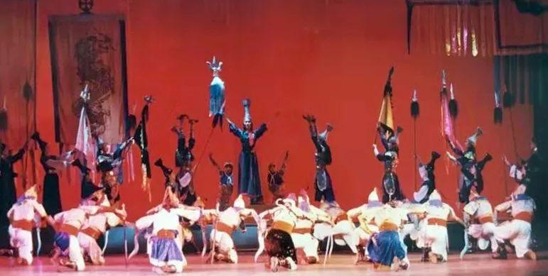 内蒙古舞蹈名家系列之——查干朝鲁 第13张 内蒙古舞蹈名家系列之——查干朝鲁 蒙古文化