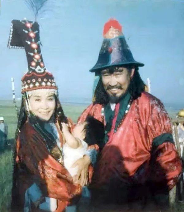 内蒙古舞蹈名家系列之——查干朝鲁 第14张 内蒙古舞蹈名家系列之——查干朝鲁 蒙古文化