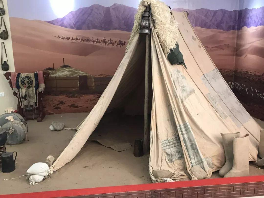 乌兰牧骑这些老物件 撑起了几代人的回忆?︱蒙古家乡 第6张 乌兰牧骑这些老物件 撑起了几代人的回忆?︱蒙古家乡 蒙古工艺