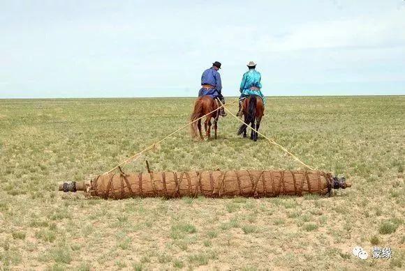 即将消失的蒙古族传统手艺——擀毡子 第9张