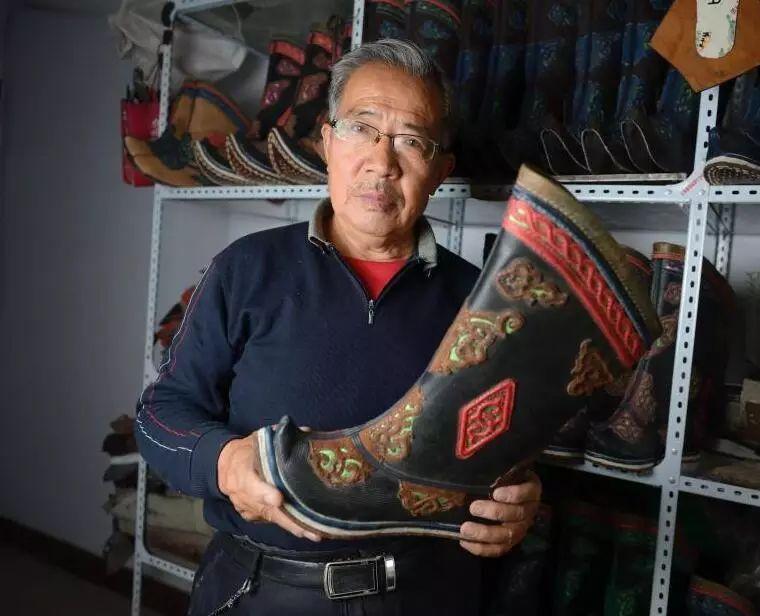 非遗丨蒙古族皮靴制作:传不下去的手艺 第1张