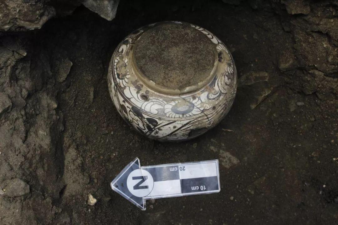 蒙古出土了八百年前罐藏的奶皮和酥油,堪称世界考古新发现 第12张