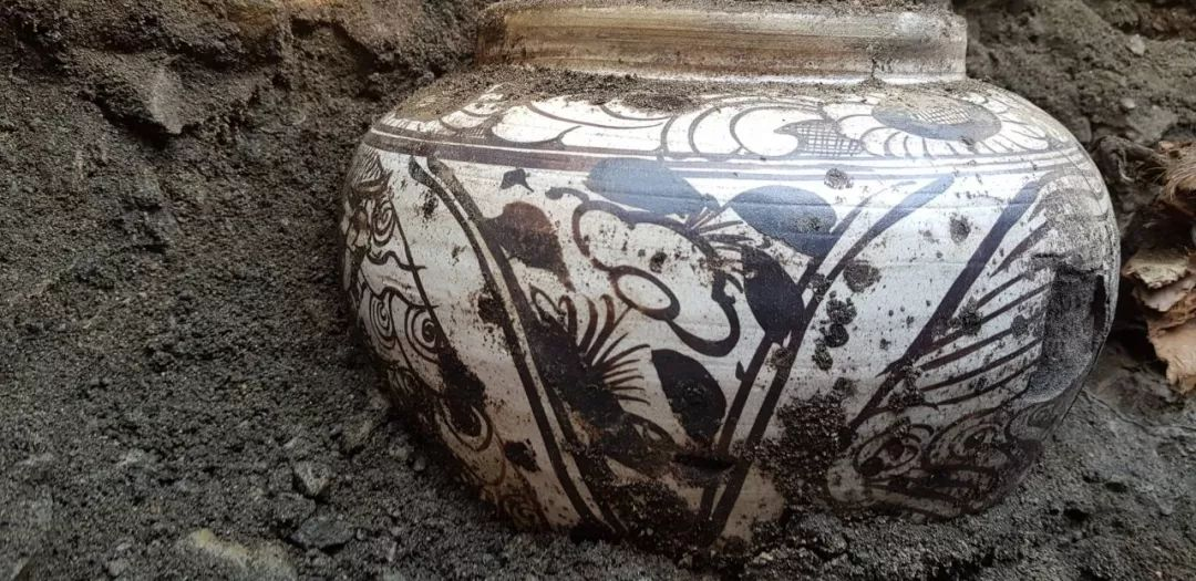 蒙古出土了八百年前罐藏的奶皮和酥油,堪称世界考古新发现 第26张