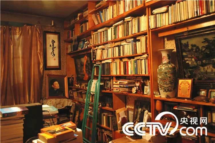 【CNTV采访】蒙古国作家巴 · 巴嘎苏图(蒙古文) 第11张
