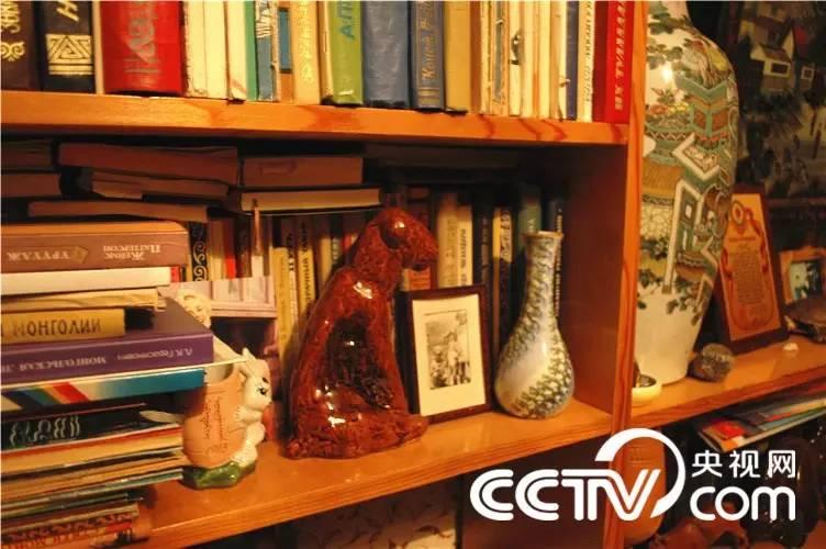 【CNTV采访】蒙古国作家巴 · 巴嘎苏图(蒙古文) 第12张