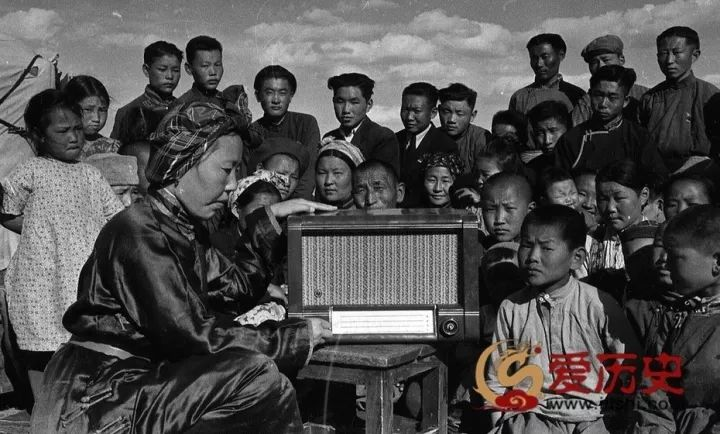 50年代蒙古国人民的文化生活老照片,他们的生活原来是这样的 第7张 50年代蒙古国人民的文化生活老照片,他们的生活原来是这样的 蒙古文化