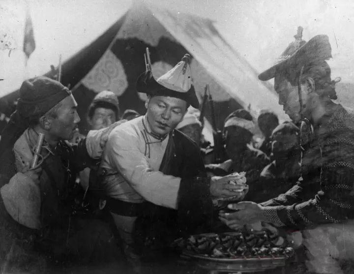 50年代蒙古国人民的文化生活老照片,他们的生活原来是这样的 第12张 50年代蒙古国人民的文化生活老照片,他们的生活原来是这样的 蒙古文化