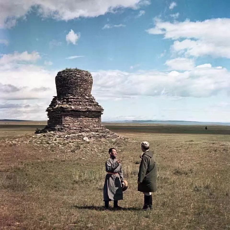 上世纪五十年代的蒙古街头,如今看来满满复古风! 第4张