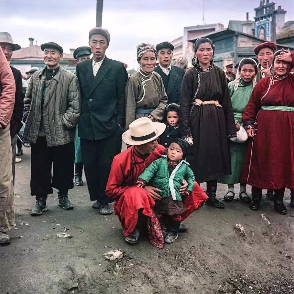 上世纪五十年代的蒙古街头,如今看来满满复古风! 第8张